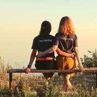 Zeitlose Schwesternschaft...ein unerschöpfliches Becken weiblicher Kreativität